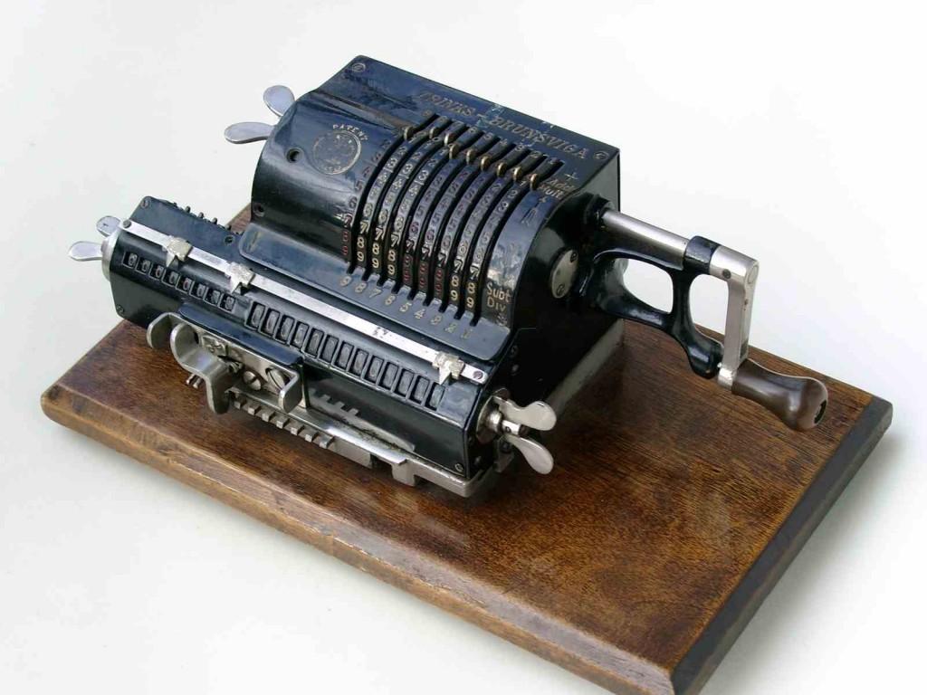 old calculator 5