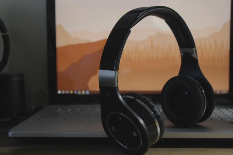 Mixcder headphones bluetooth