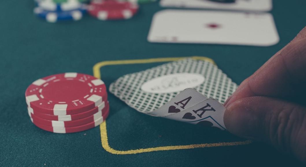 Cards online gambling