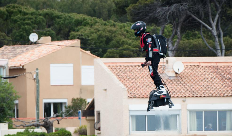 Engadget Hoverboard