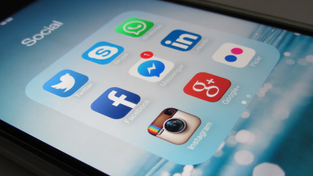 social media kt