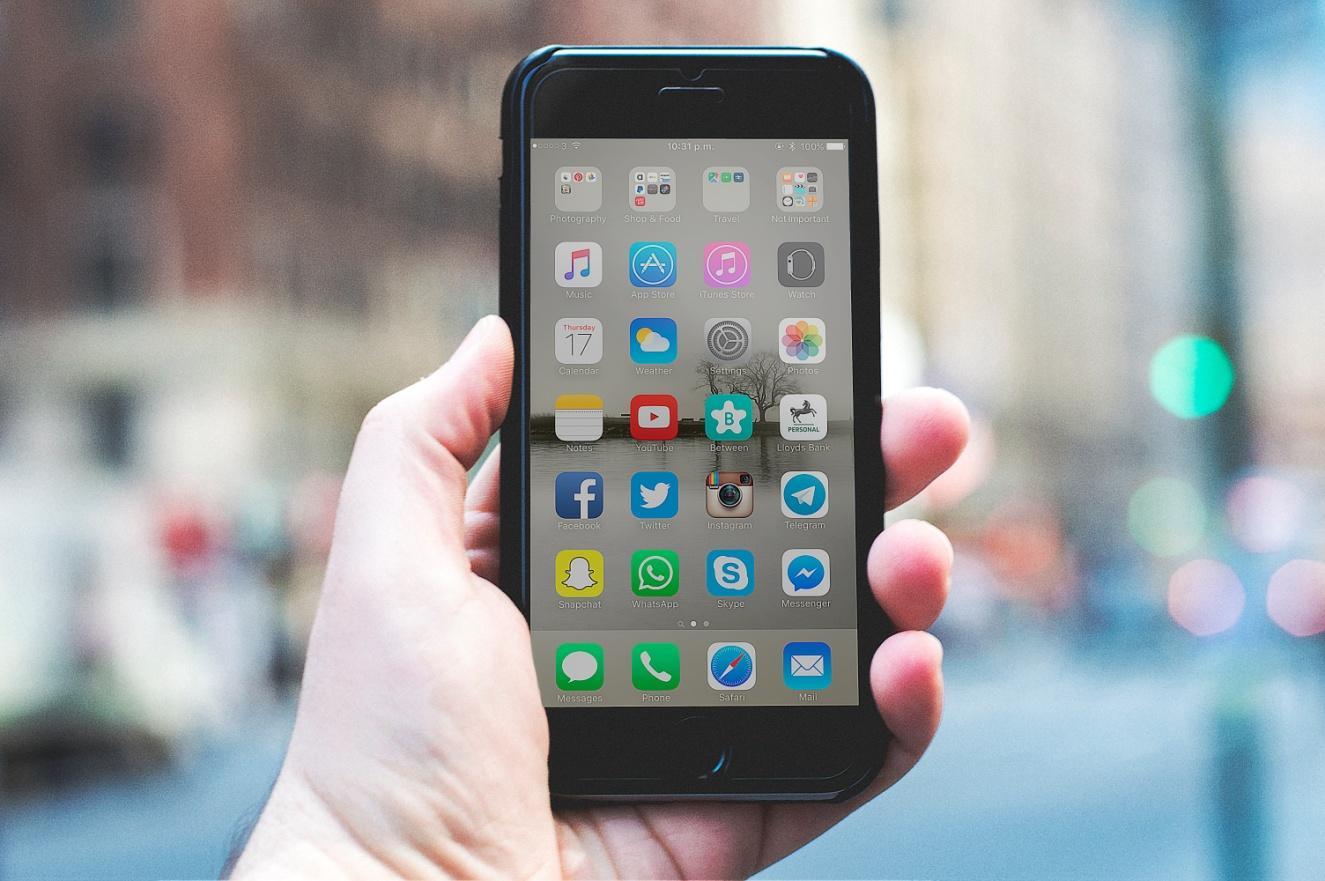 iPhone touchscreen