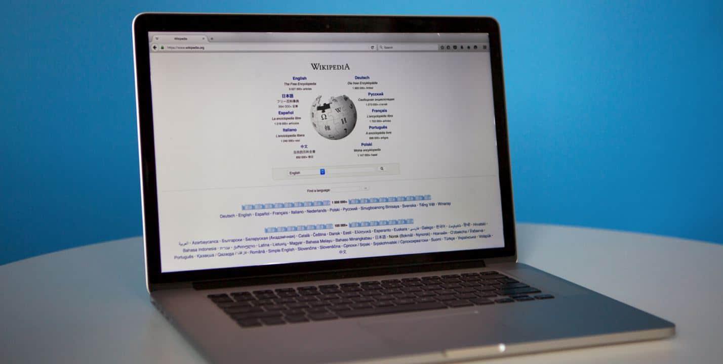 wikipedia laptop