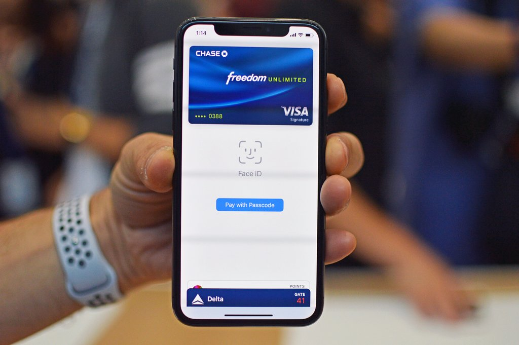 buying things with apple pay face id
