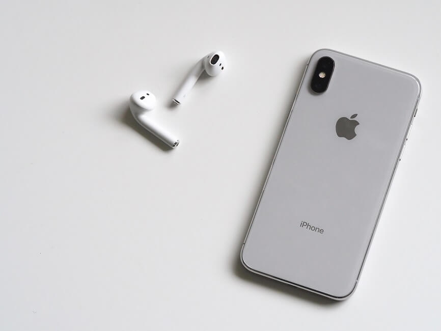 apple iphone x with airpods