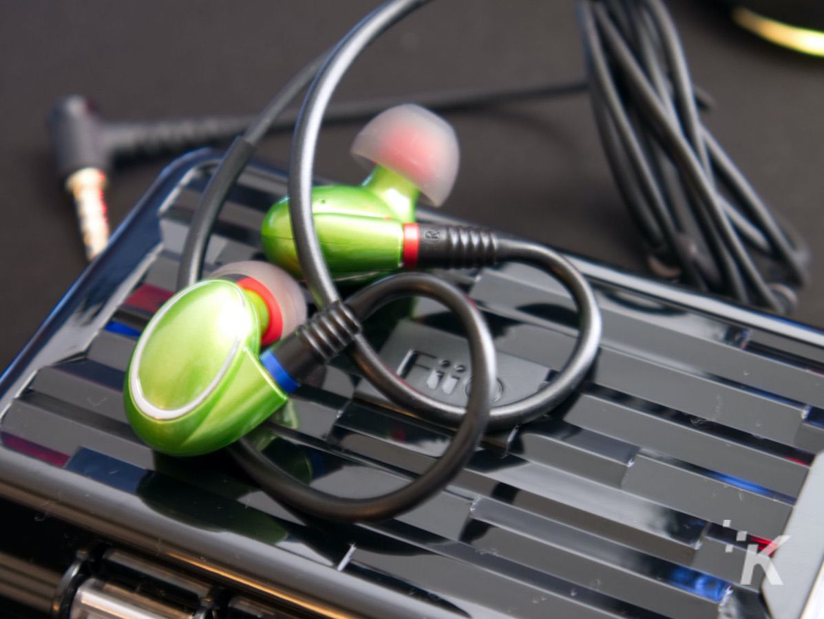 fiio fh1 hybrid in-ear monitors