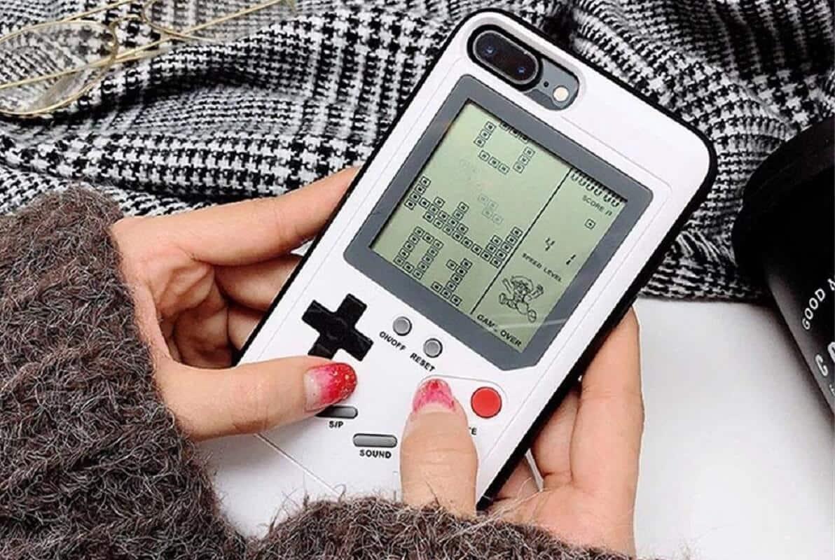 baecon pet game boy case tetris