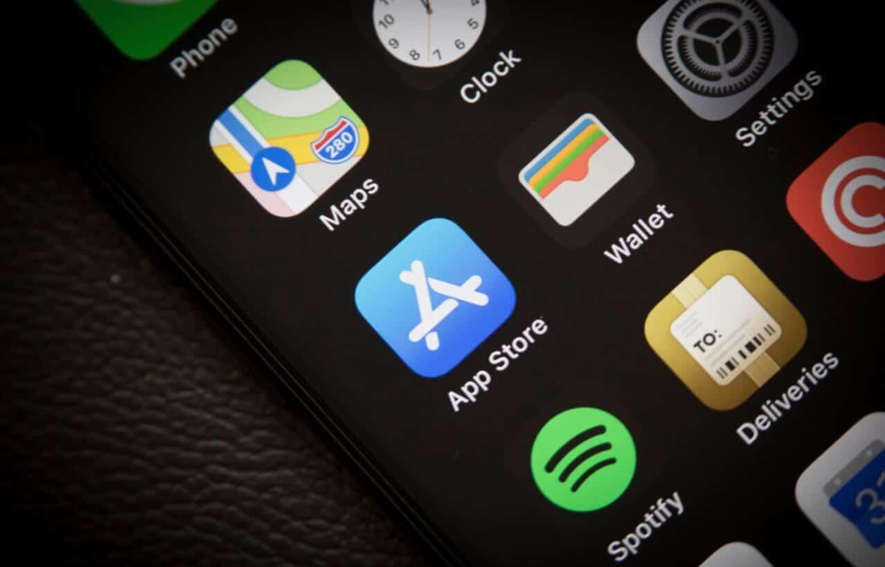onavo app facebook ios app store
