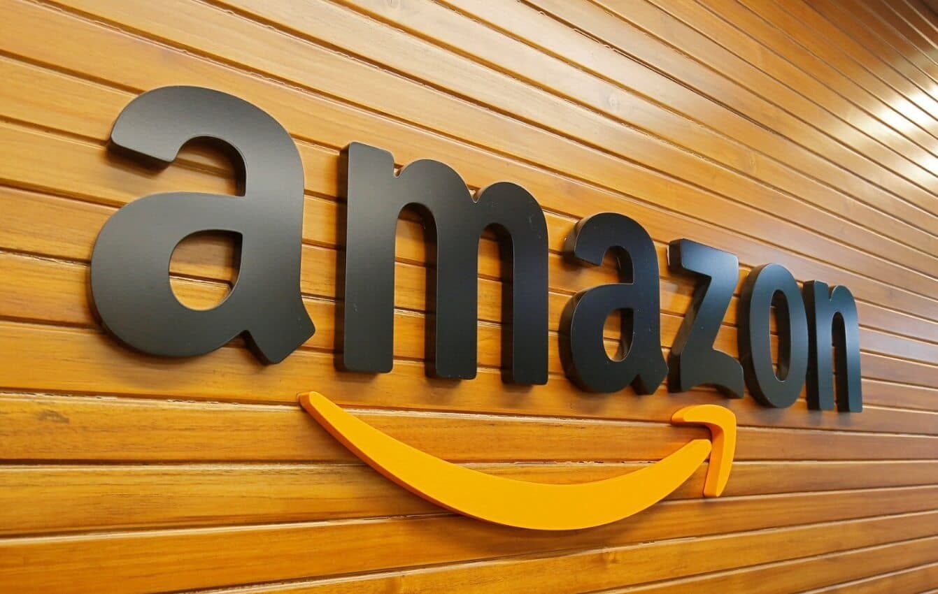 amazon logo on wooden planks