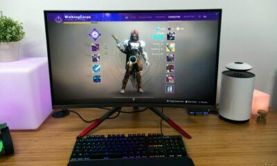 viotek 32 inch monitor on desk