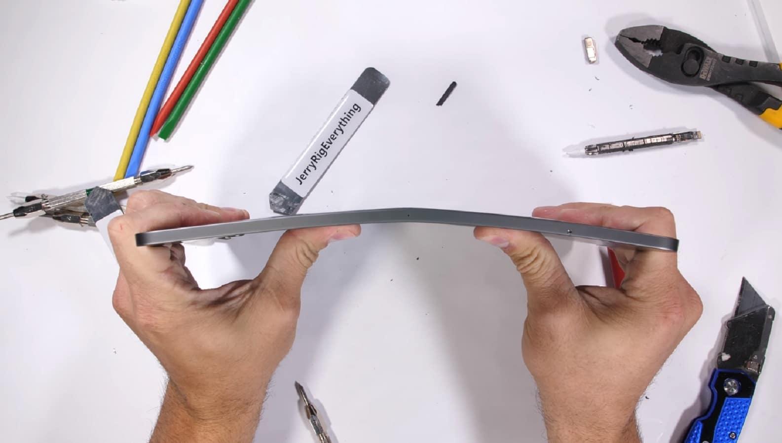 Mouse Su Ipad Pro Bend Test — ZwiftItaly