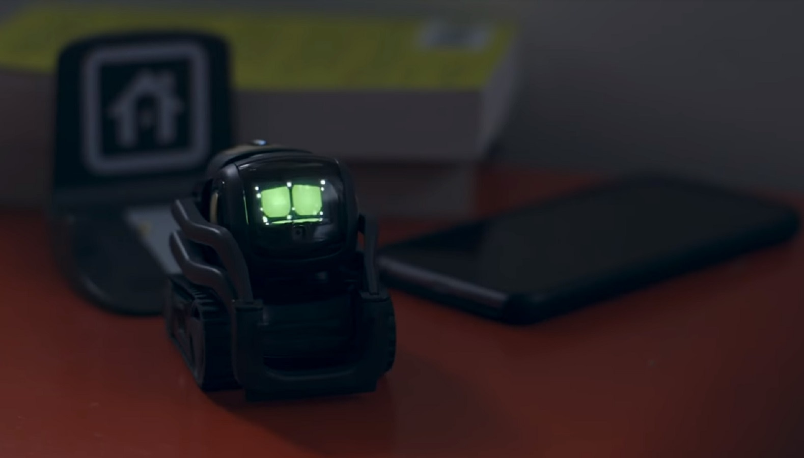 Anki's Vector robotic pal will soon be able to control your