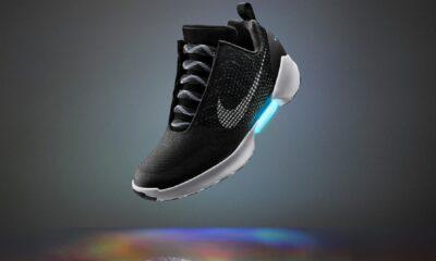 nike's self-tying hyperadabt shoe in black