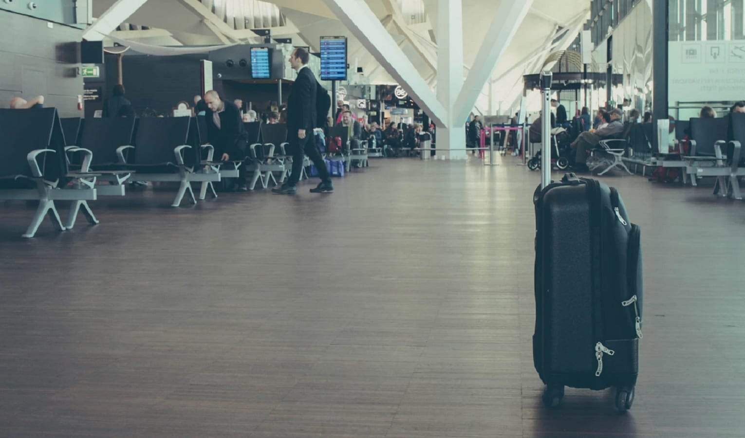 bounce luggage app at airport