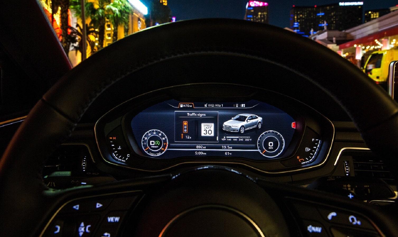 audi dashboard showing stoplight information