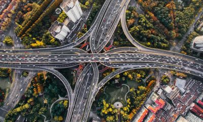 cars on the highway using gps