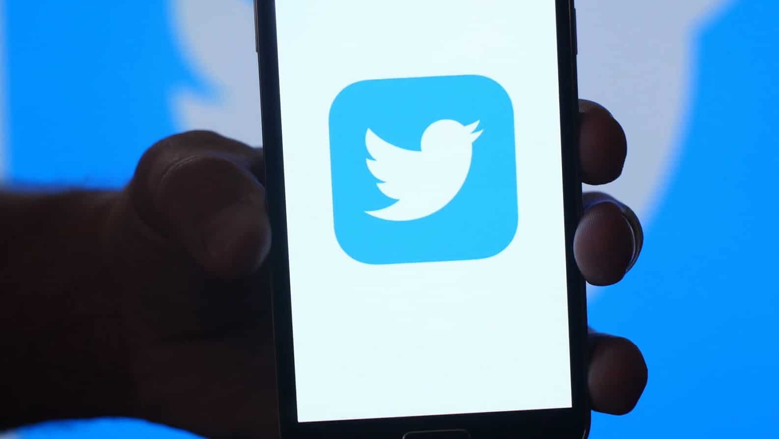 twitter being shown on phone screen for bots