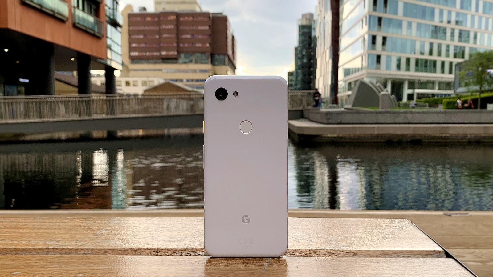 google pixel 3a camera on bench