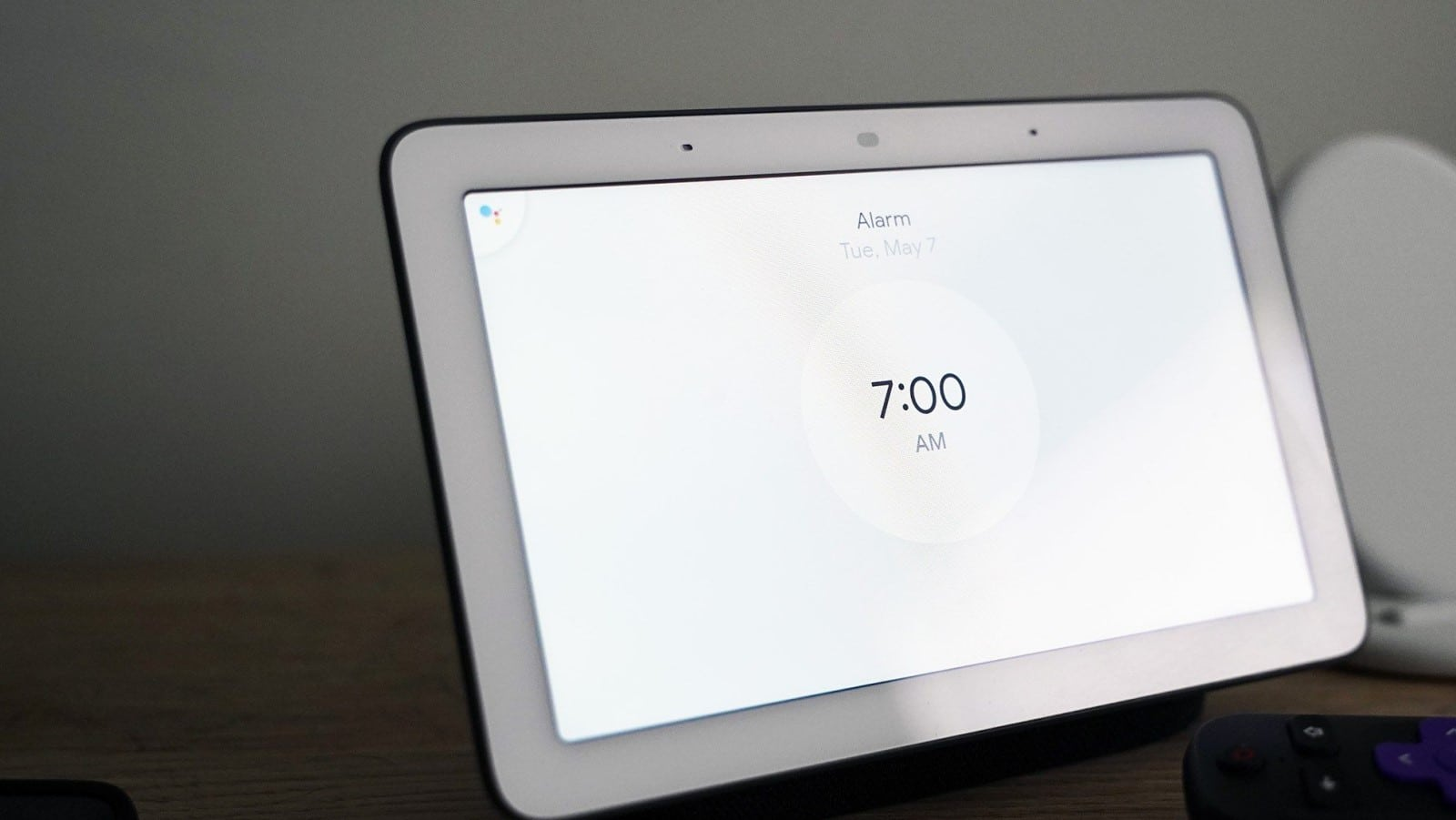 google home hub with google assistant for the alarm