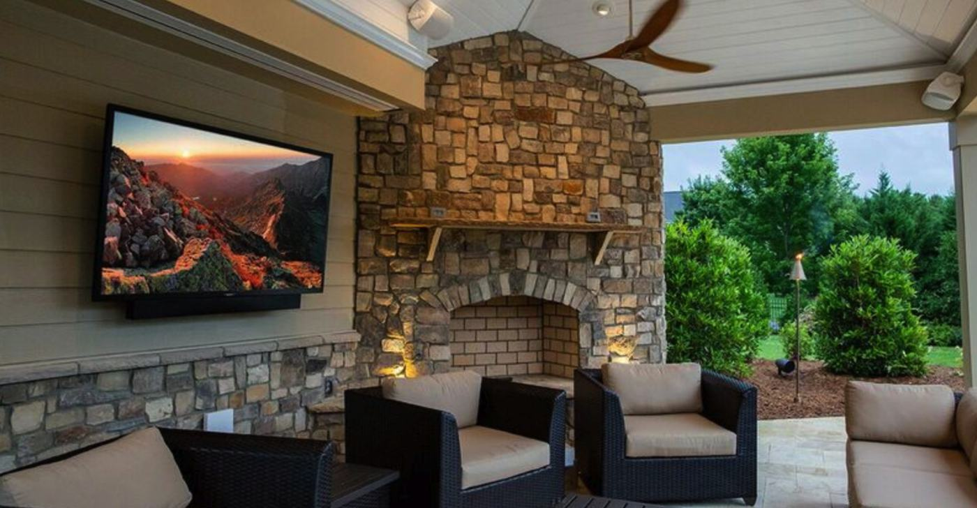 These 4k Uhd Outdoor Tvs Are Possibly The Best Out There