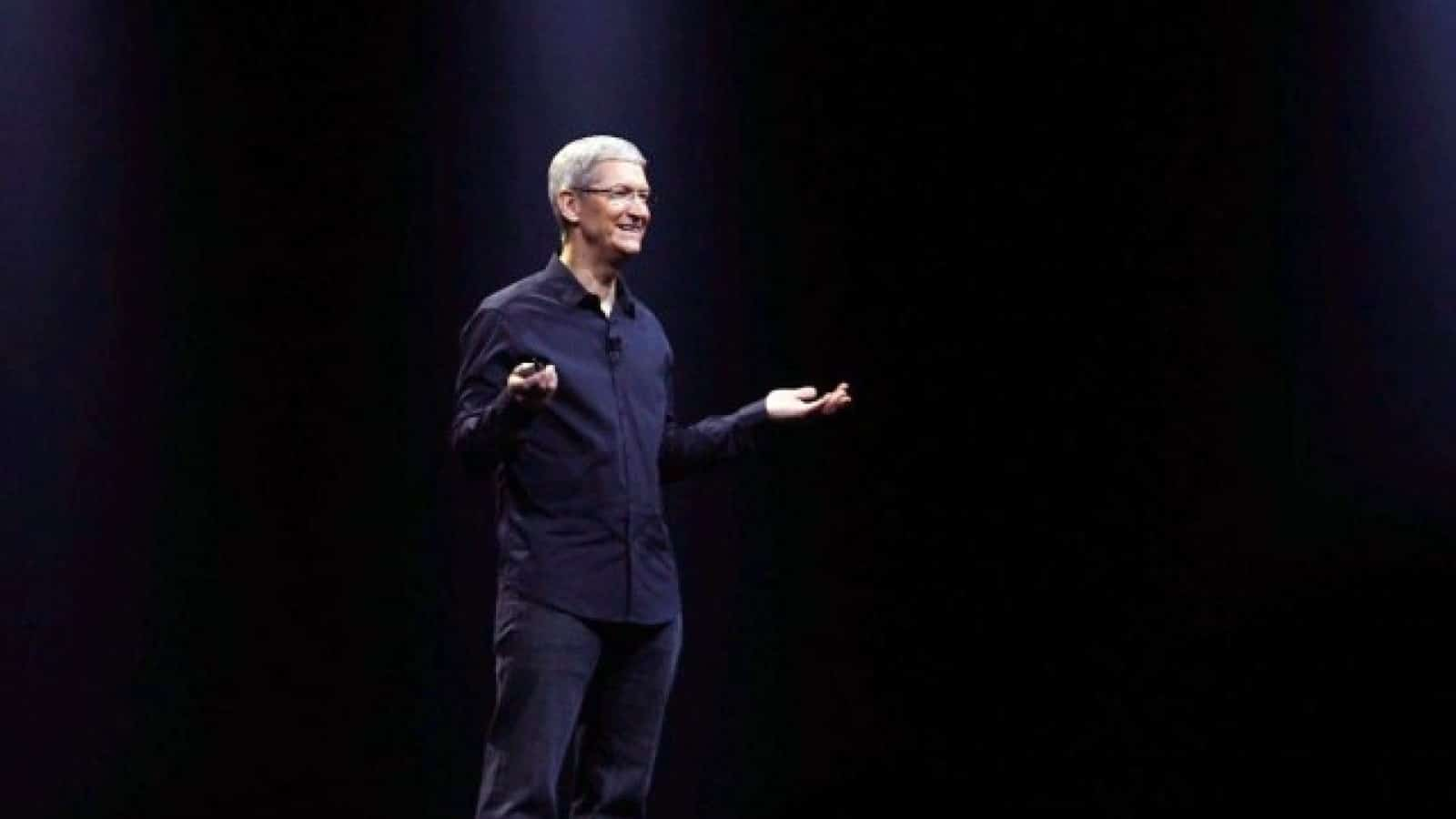 apple ceo tim cook on stage