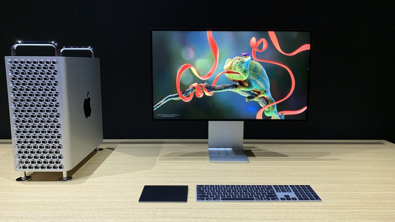 apple pro display xdr on desk with mac pro