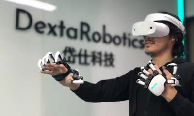 dexta robotics gloves in action