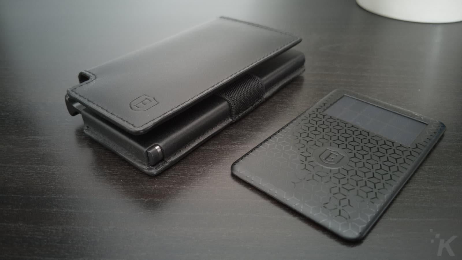 ekster smart wallet on table