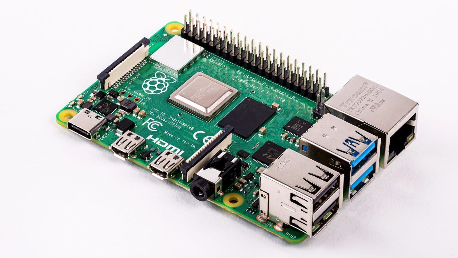 raspberry pi 4 makerboard