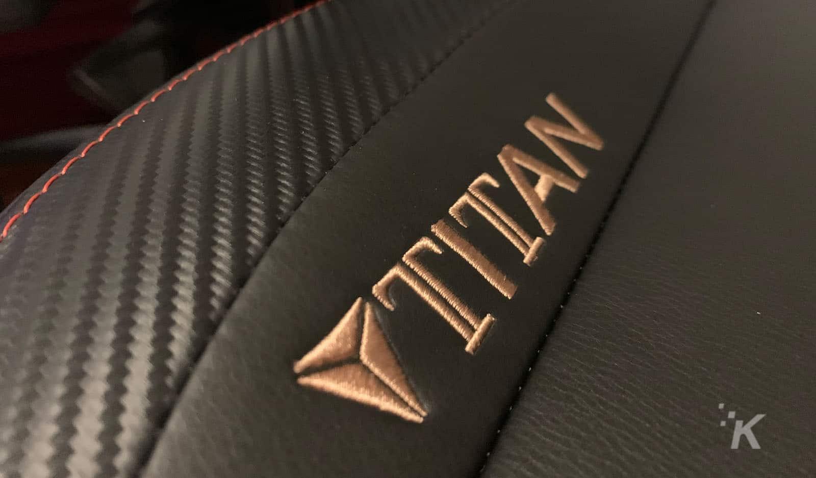 secretlabs titan 2020 chair