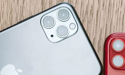 iphone 11 smartphones on table testing battery life