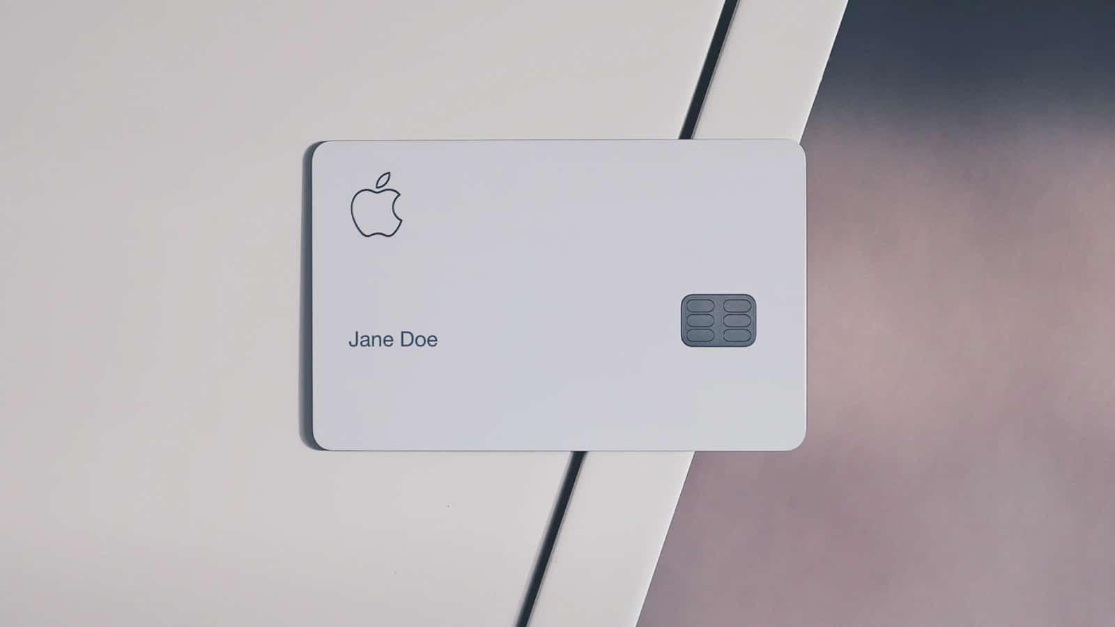 apple card on table