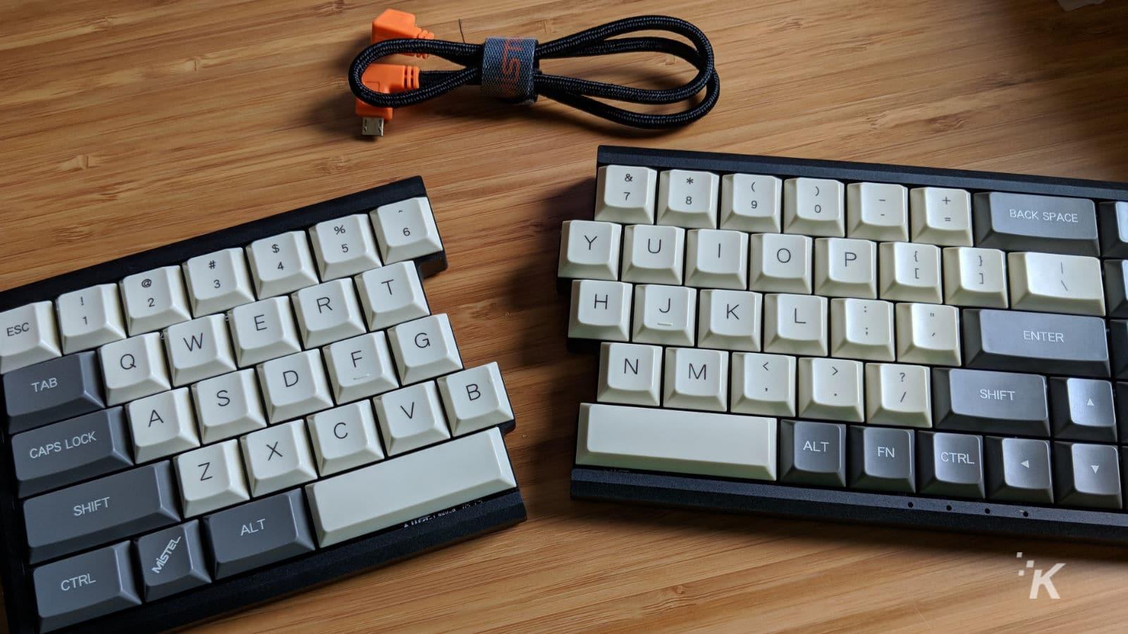 mistel barocco 650L split keyboard