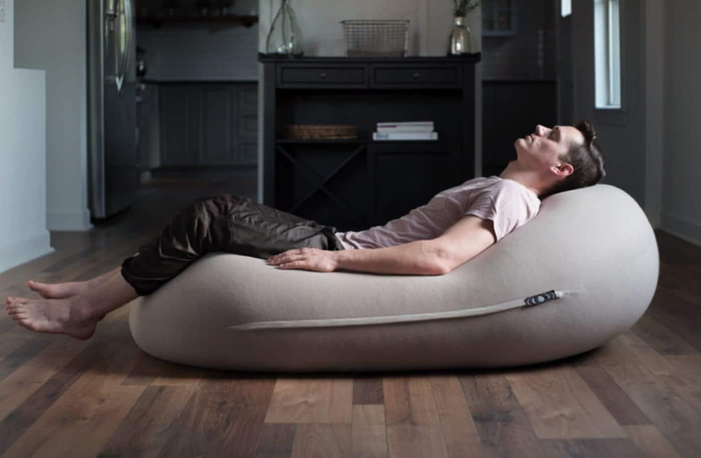 Awe Inspiring Review Moon Pod The Anti Stress Bean Bag Chair Knowtechie Machost Co Dining Chair Design Ideas Machostcouk