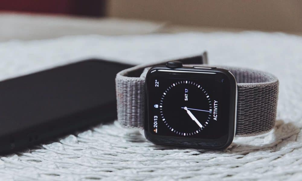 Wearables like the Apple Watch are selling better than ever