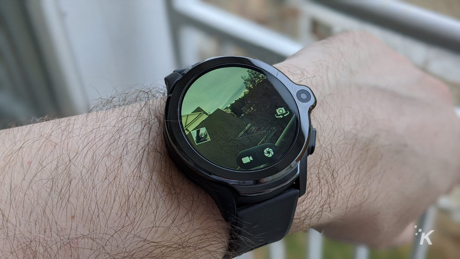 kospet smartwatch taking a photo