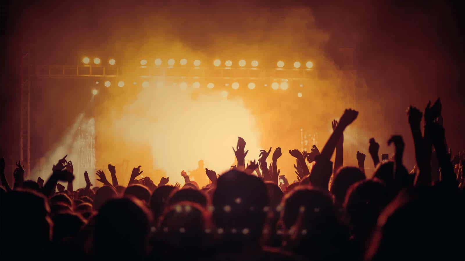 loud concert with mixhalo app