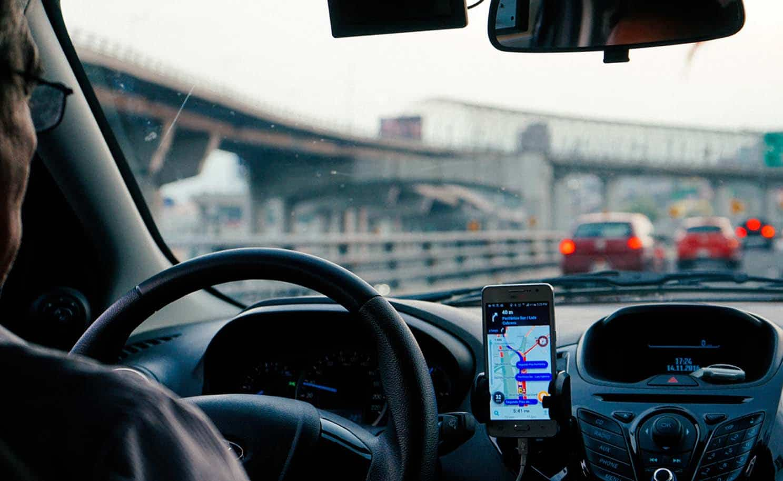 uber driver at airport