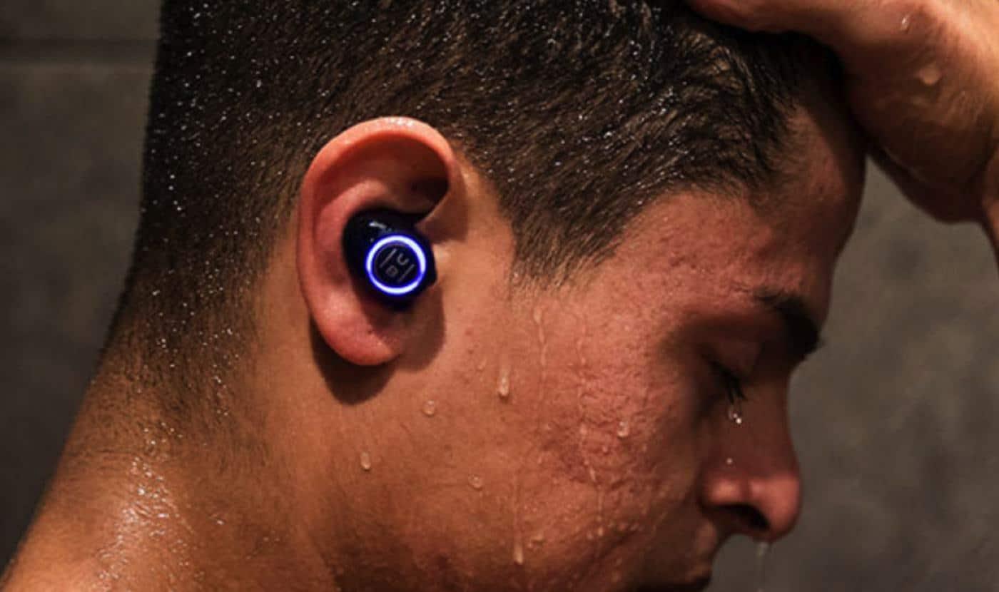 hub bluetooth earbuds