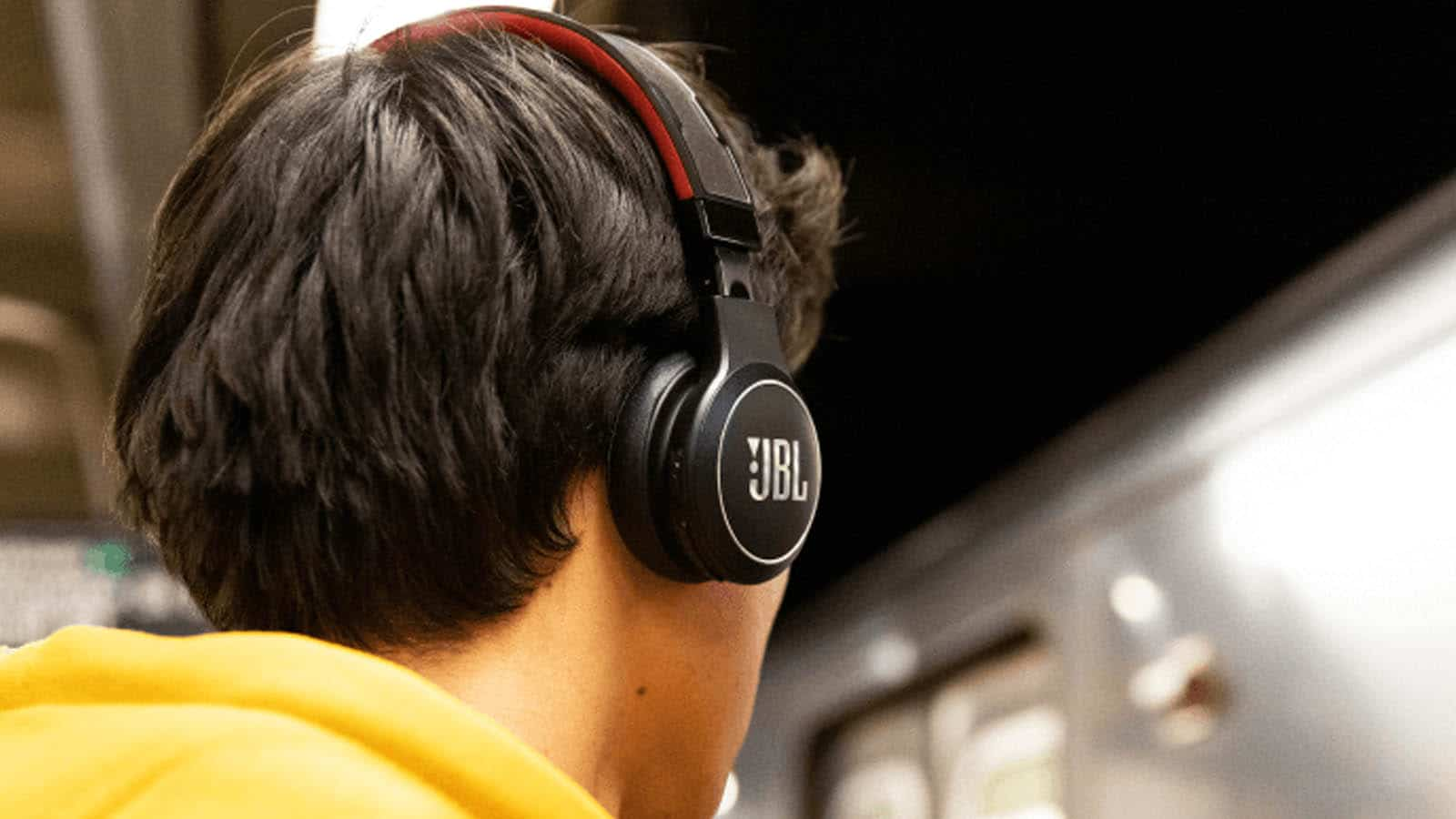 jbl solar-powered headphones
