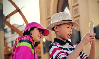 kids on apple iphone