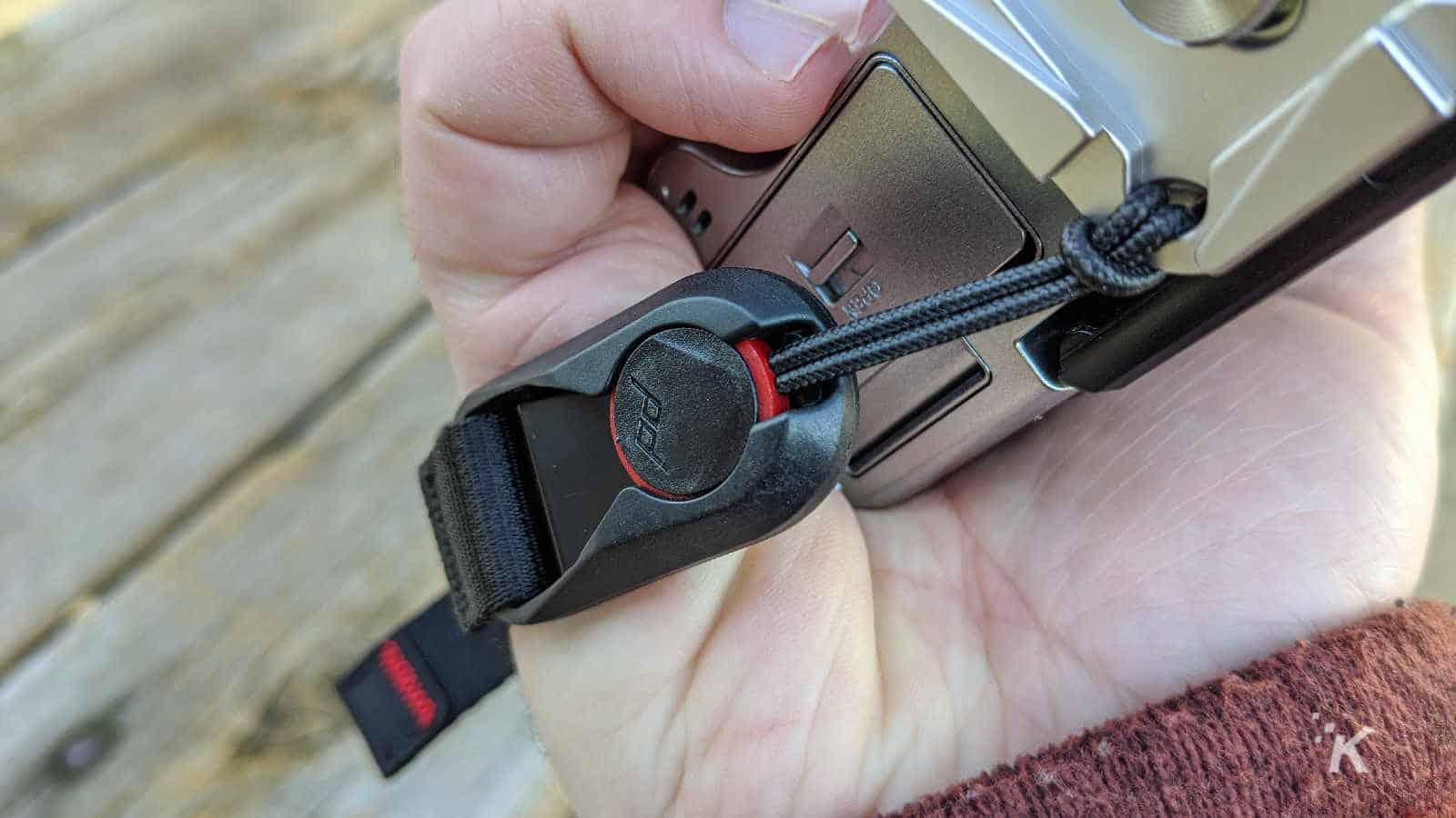 peak design clutch camera accessory