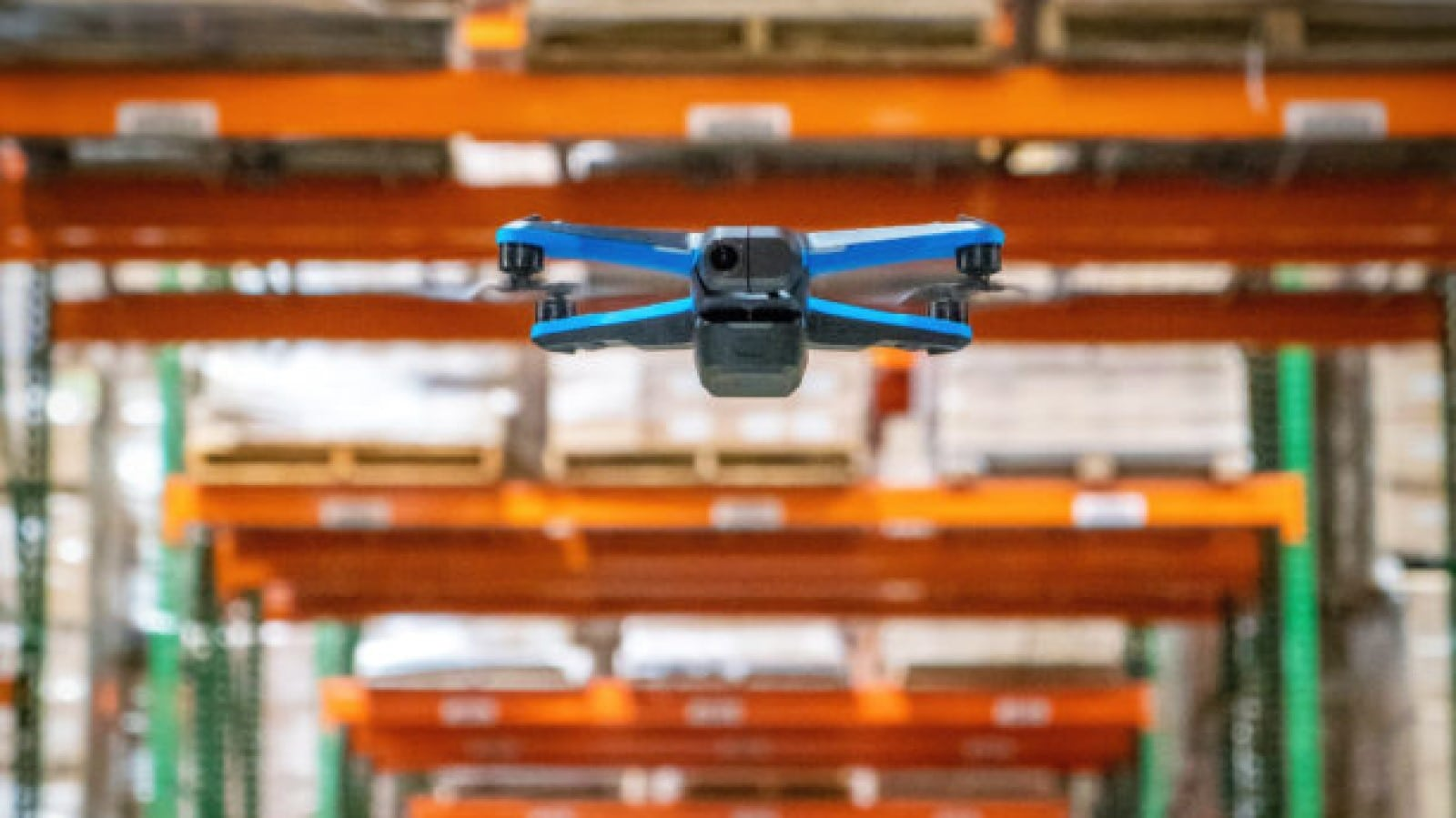 skydio drone stocktaking in warehouse