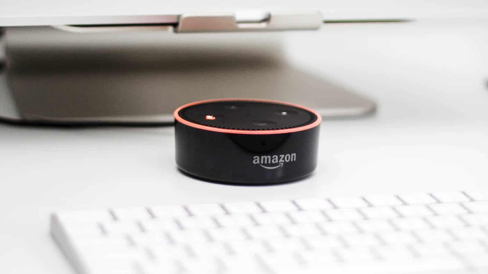 amazon echo smart speaker with alexa