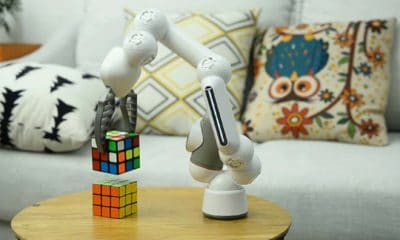 clicbot gadget for crowdfunding campaign