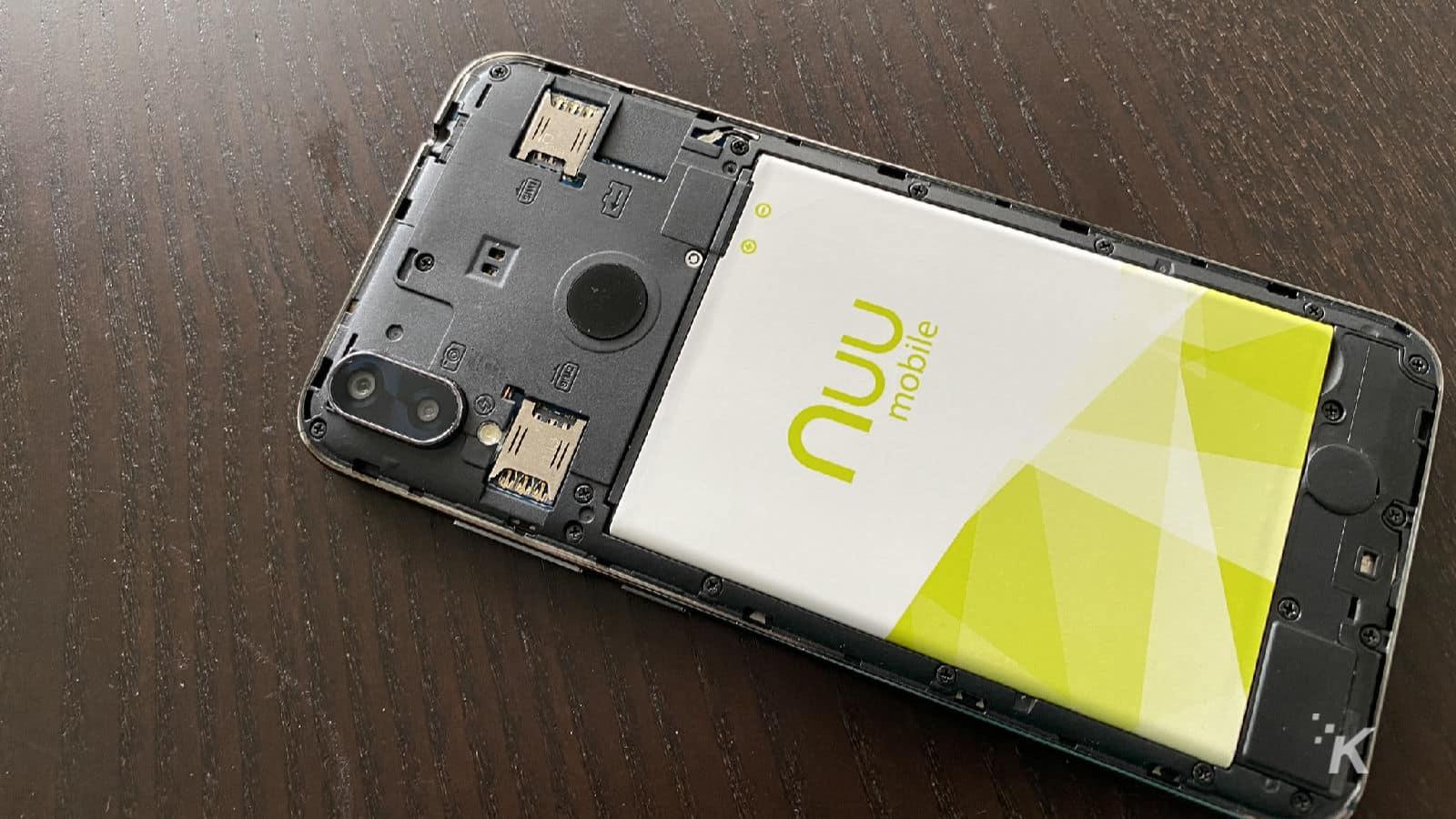 nuu mobile x8 smartphone on table