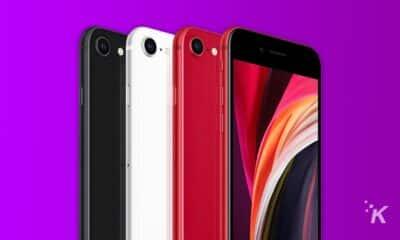 iphone se on purple background