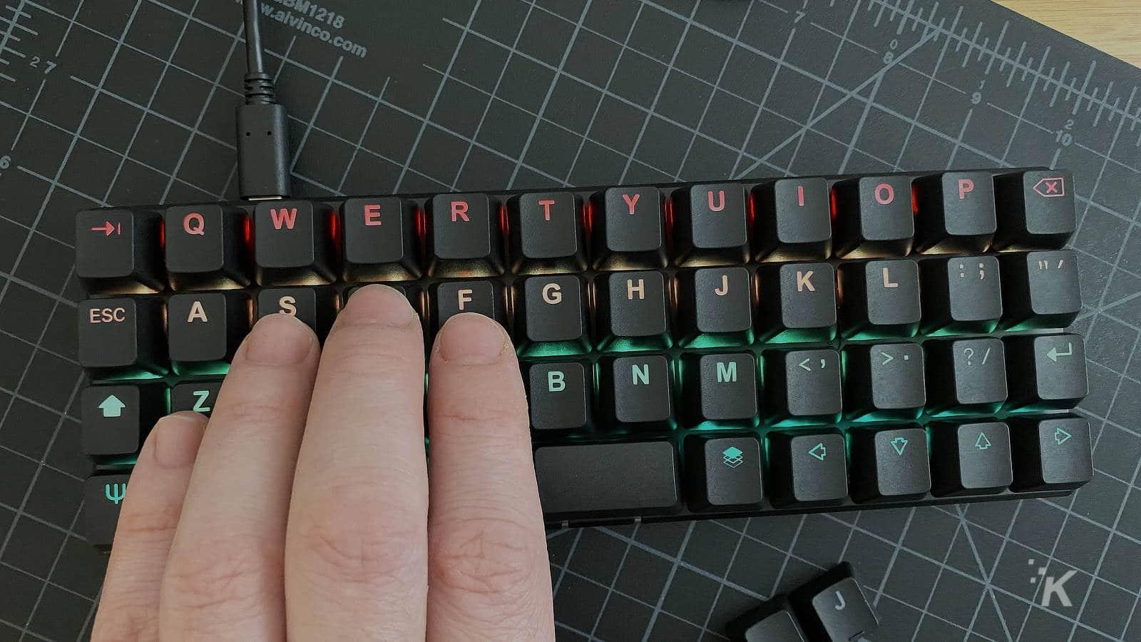 planck ez keyboard on table