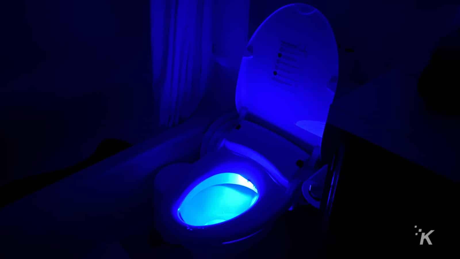 770 bidet glow light