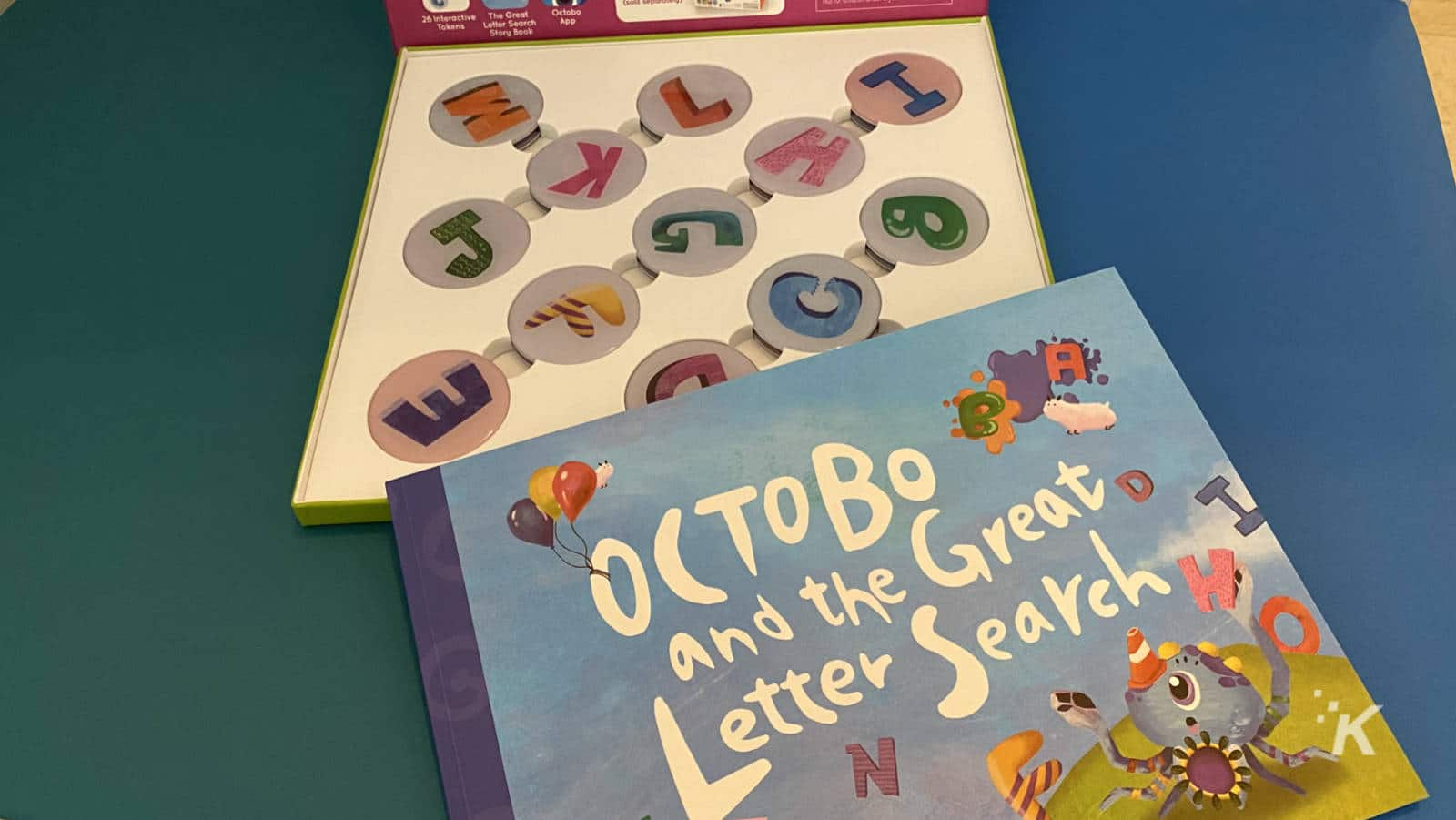 octobo and the great letter search book